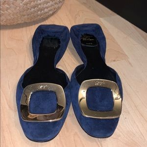 📌 Roger Vivier Suede Flats with Gold Harware